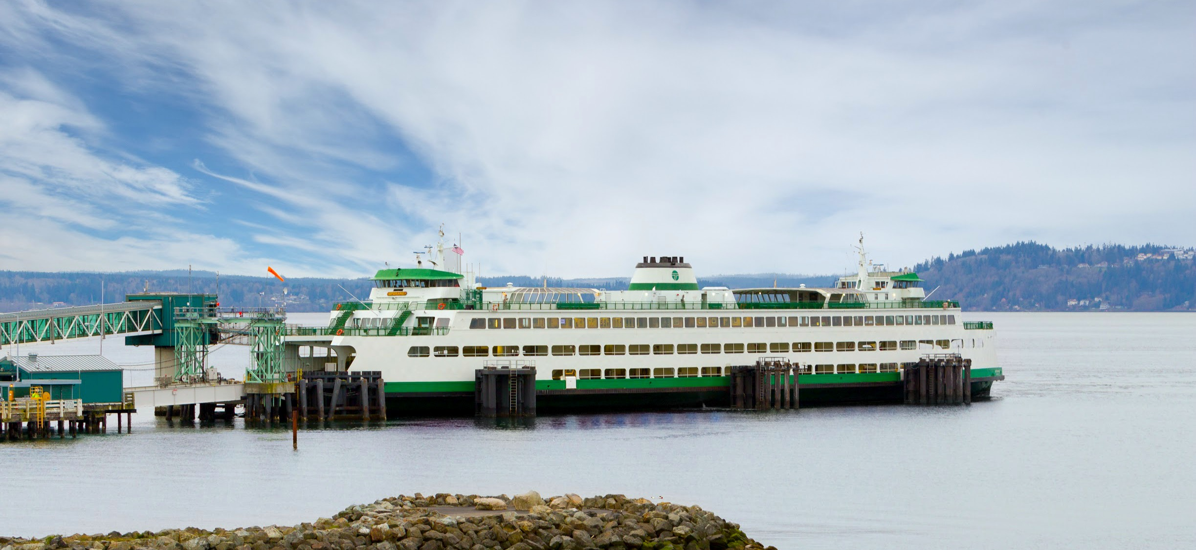 WindermereNorth_Edmonds_1_Ferry.jpg